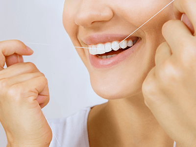 Oakridge Smiles - Flossing